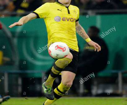 Marco Reus Haus Dortmund's Marco Reus plays, ball during, DFB, round of sixteen match between Borussia Marco Reus Haus Oben Dortmund'S Marco Reus Plays, Ball During, DFB, Round Of Sixteen Match Between Borussia