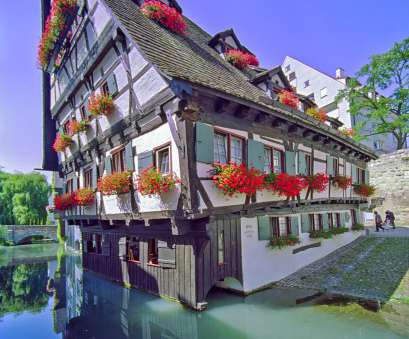 Schiefes Haus Ulm Hotel Schiefes Haus, -, original timbered house dating from, 14th Century, after several additions or conversions in 1443 acquired, current Schiefes Haus Ulm Schön Hotel Schiefes Haus, -, Original Timbered House Dating From, 14Th Century, After Several Additions Or Conversions In 1443 Acquired, Current